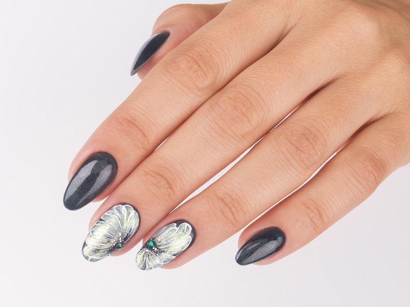 Idee nail art  - Caterina Del Signore: Illusion Silver