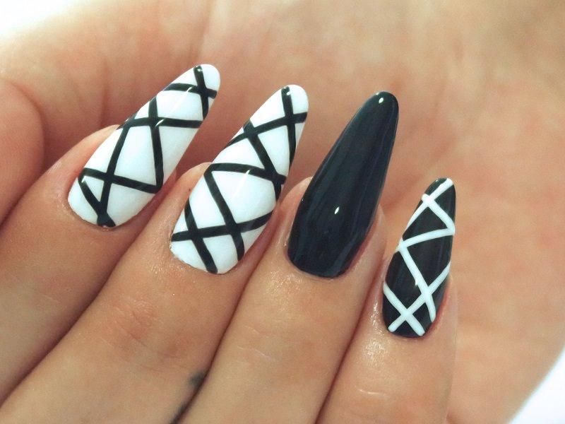 Corso decorazione unghie - Karina Pjaka: geometrie Black&White