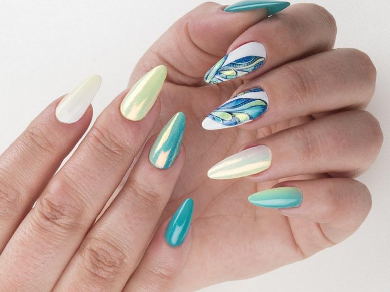 Idee Nail Art - Laura Ascione: Incanto