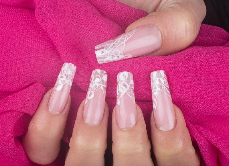 corso ricostruzione unghie chiara milanese effetto mir ograve seguito con tratti bianchi e vuoti e pieni