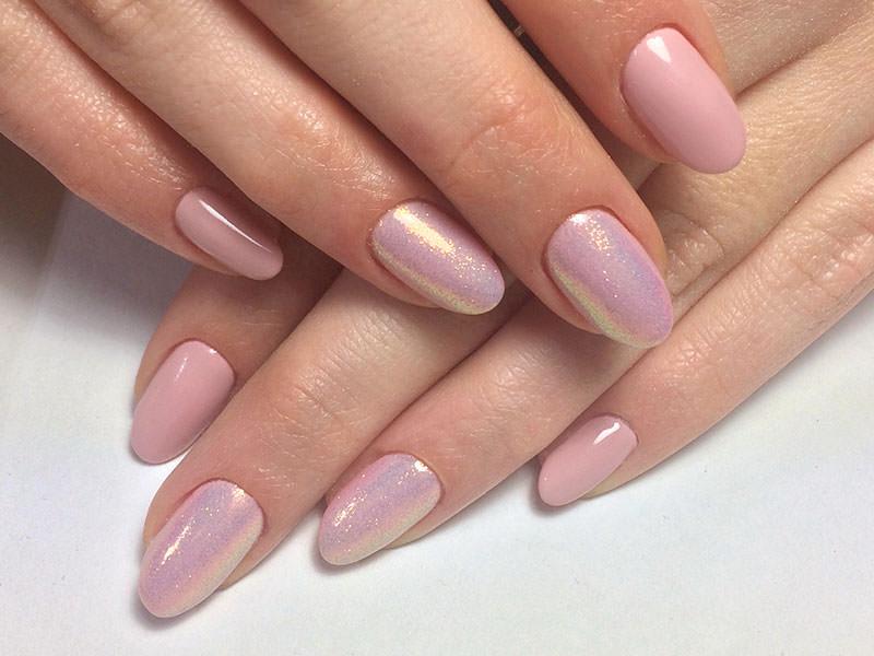 Nuove tendenze Nail art - Giulia Paladino: Kombi Giulia & glitter