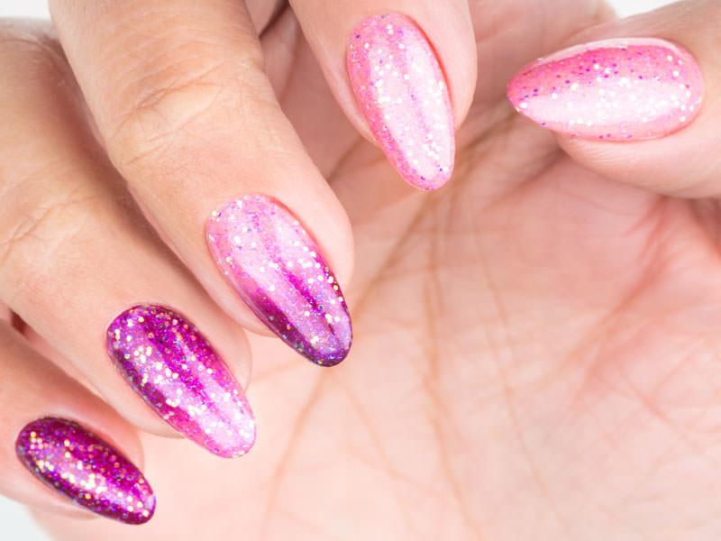 Nail art mania - Lorena Chiarentin: Sfumature glitterate