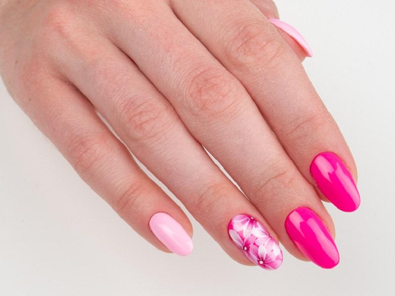 Idee Nail Art - Caterina Del Signore: Kombi Hawaii & Barbie