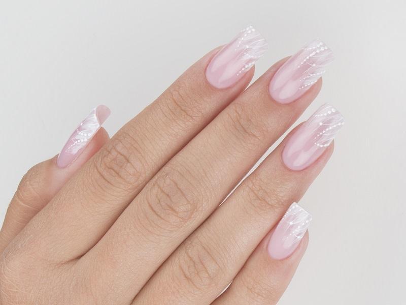 Nuove tendenze nail art - Gioia Del Zotto: decoro naturale