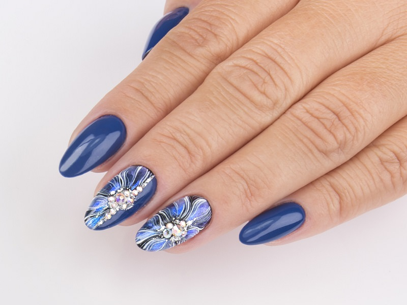 Idee nail art  - Gioia del Zotto: Illusion Blue