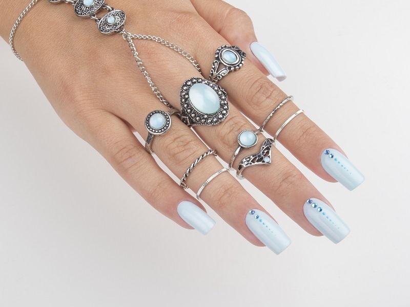 Nuove tendenze nail art - Gioia Del Zotto: azzurro prezioso