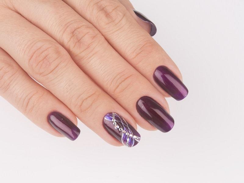 Idee nail art  - Giulia Paladino: Illusion scie brillanti