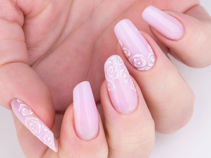 Idee Nail Art - Gioia Del Zotto: Rose