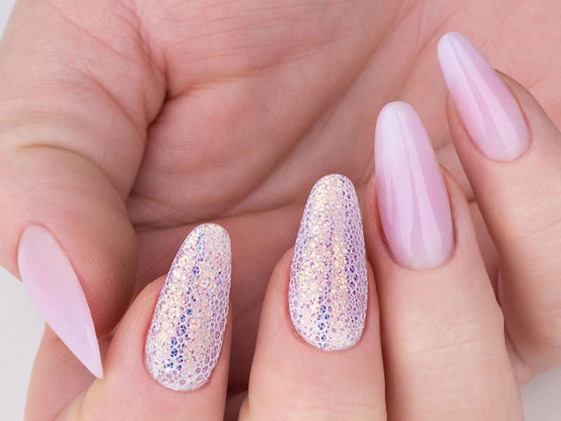 Idee Nail Art - Gioia Del Zotto: Fusion glitterato