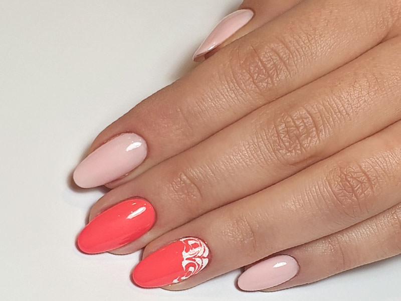 Idee Nail Art - Giulia Paladino: Kombi Nina & Chic