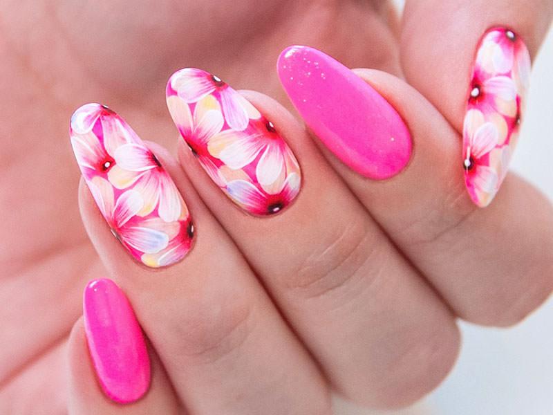 Idee Nail Art - Kateryna Bandrovska: Fusion fiorito