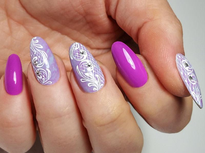 Idee Nail Art - Laura Ascione: Effetto marmorizato & Macramè