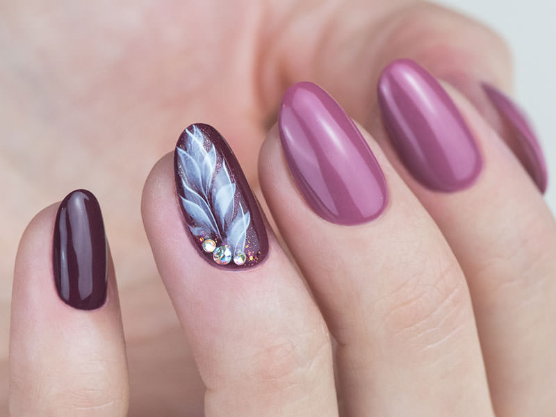 Nuove tendenze Nail art - Monica Gardel: Eden piumato