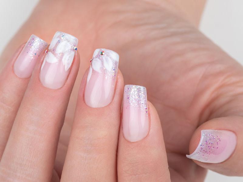 Idee Nail Art - Gioia Del Zotto: Effetto Pink