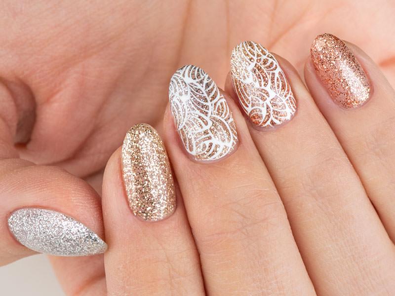 Idee Nail Art - Gioia Del Zotto: Kombi glitterato