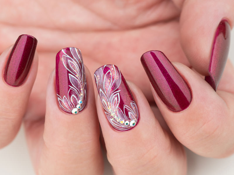 Idee Nail Art - Gioia Del Zotto: Bordeaux alternativo