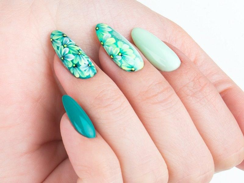 Idee nail art - Kateryna Bandrovska: Green Flower