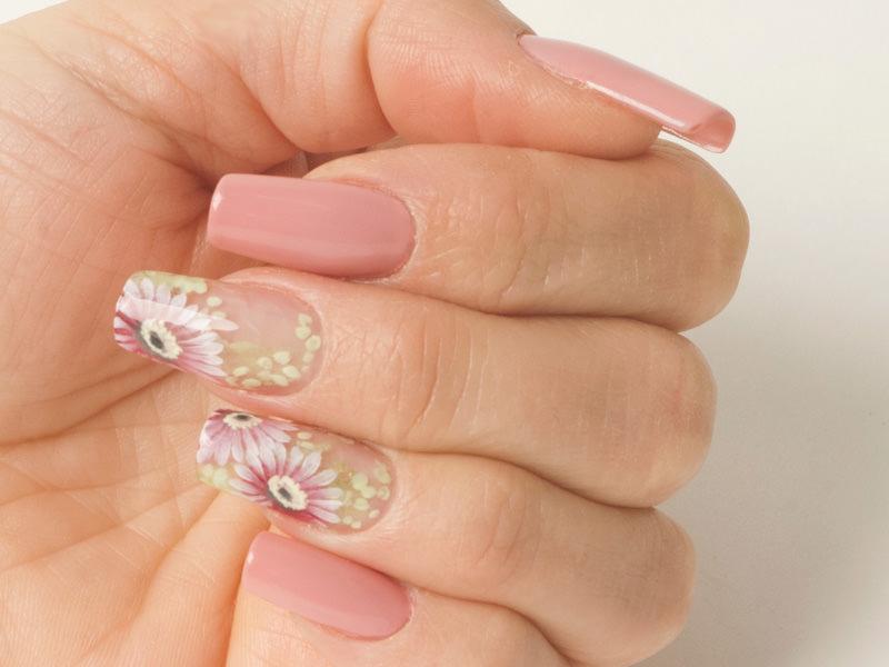 Corso decorazione unghie - Katia Riccio: Flower delicato
