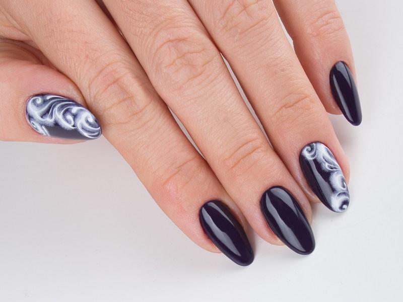 Corso decorazione unghie - Lorena Chiarentin: Kombi Art effetto brina