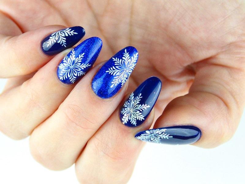 Corso decorazione unghie - Pamela De Montis: Christmas in blue