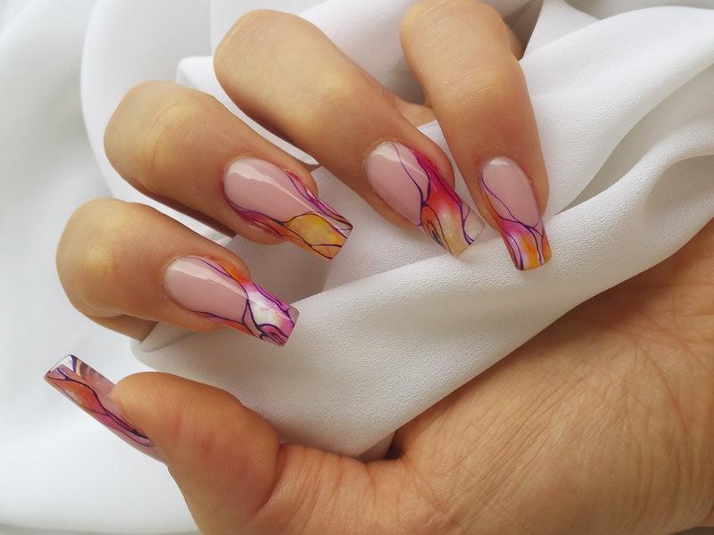 corso decorazione unghie effetto marmorizzato a pi ugrave colori eseguito da sara colleoni