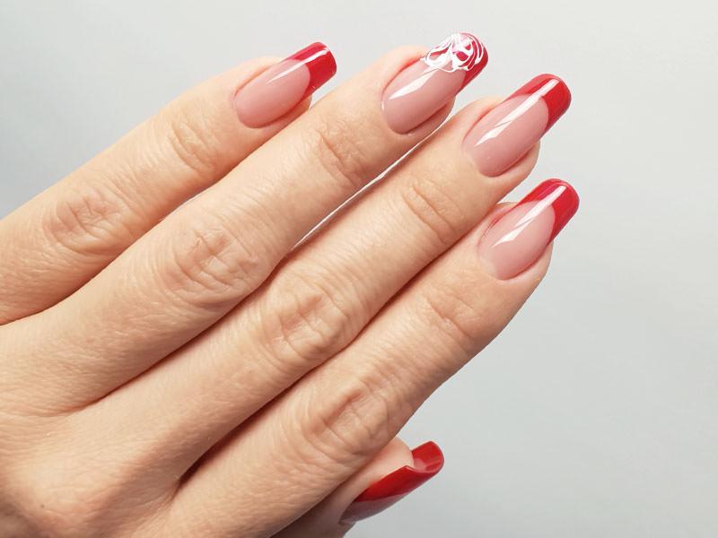 Idee Nail Art - Lorena Chiarentin: French rosso