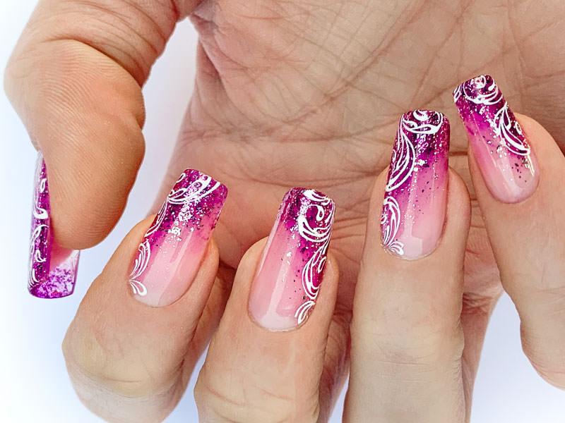 Nuove tendenze Nail art - Sara Colleoni: French Pink Dust sfumato