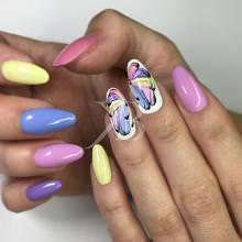 Idee Nail Art - Barbara Donini: Incanto multicolor