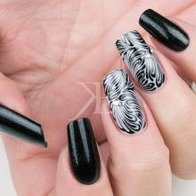Nuove tendenze Nail art - Gioia Del Zotto: Easy Gel Black Night